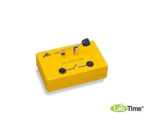 Перекидной переключатель в электробезопасной коробке