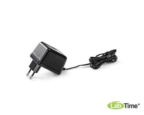 Сетевой адаптер, переменный ток, 12 В, 700 мА (230 В, 50/60 Гц)